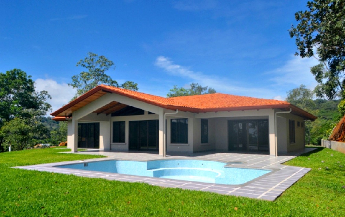New quality hidden paradise atenas home for sale reduced for Modern quality homes