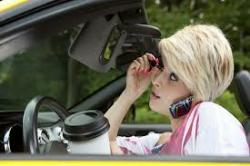 Costaricans talk on their cellphone while driving although it is not allowed