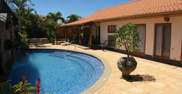 Find a place with a swimming pool to live in Cariari, Heredia