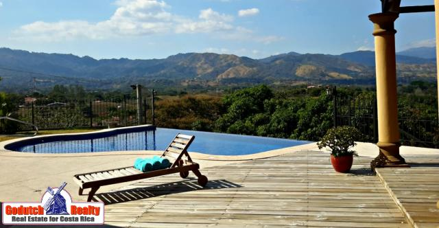 Find a Luxury home to Live in Atenas, Costa Rica