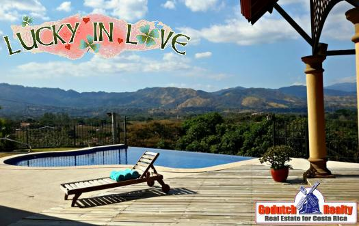 Can you buy a home with a pool in Atenas within your budget or not?